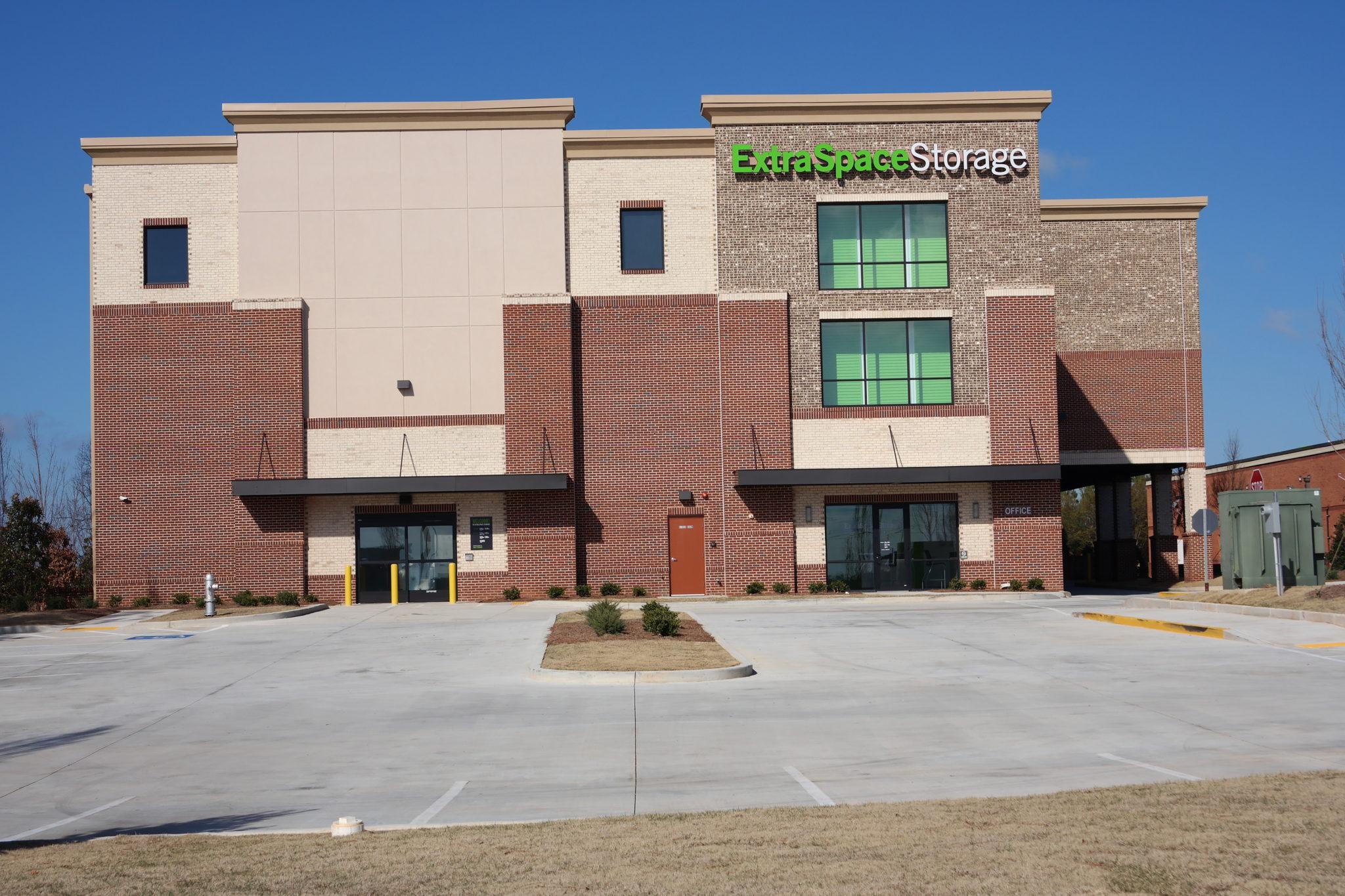 Land Rover Gwinnett >> Extra Space Storage | Gwinett County | GA | Travis Pruitt